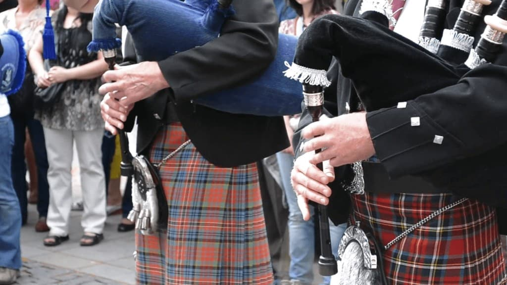 A Little Scottish Bagpipes History